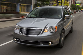 Chrysler Town and Country Touring 2015 neuf